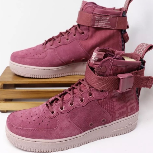on sale fa16f b1f9b Nike Women's Air Force 1 SF AF1 Mid size 6 wine NWT